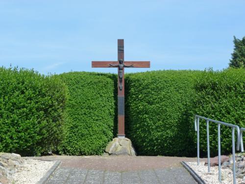 Centraal kerkhofkruis
